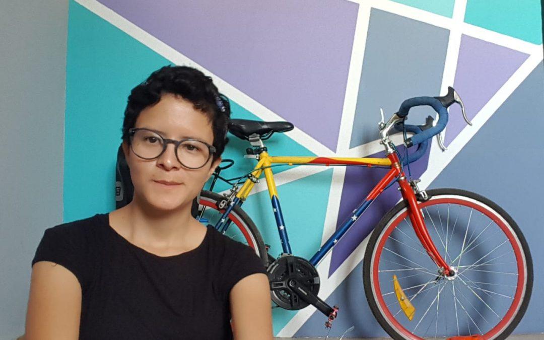 Frida Reyes y los experimentos caseros
